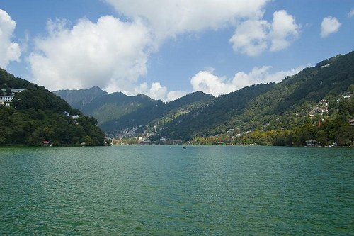 Read more about the article List of Best Hill Stations in Uttarakhand