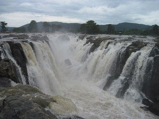 List of Waterfalls to Visit around Bangalore