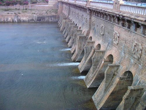Read more about the article List of Largest Dams in India
