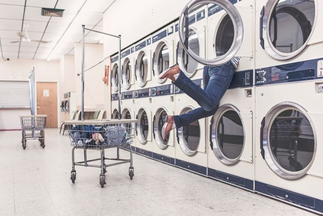 Read more about the article 5 Things to Avoid to Prevent Your Washing Machine from Breaking