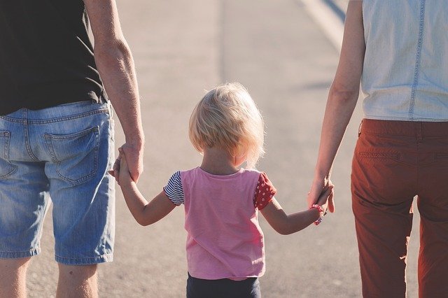 Read more about the article 7 Quick And Simple Guide To Adopting A Child