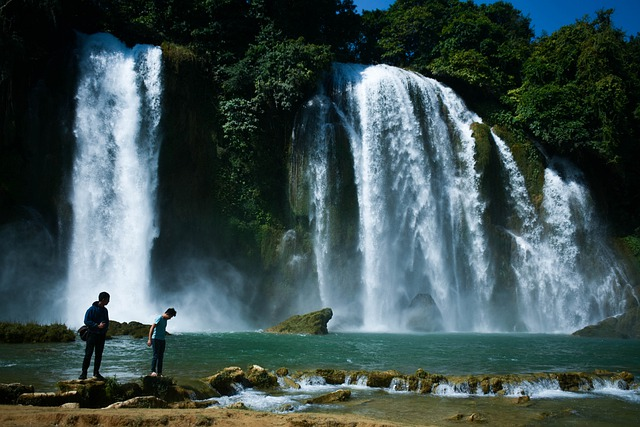 Read more about the article 10 Tallest Waterfalls in China